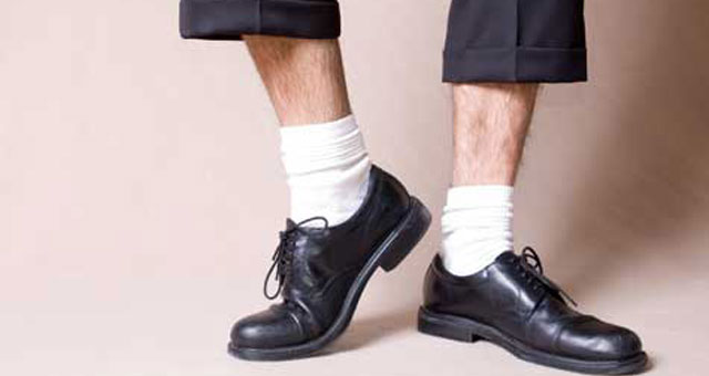 tamarri con calze bianche