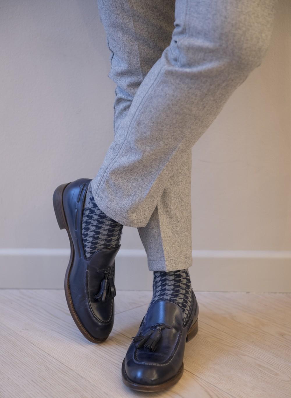 pantaloni uomo grigi entre amis