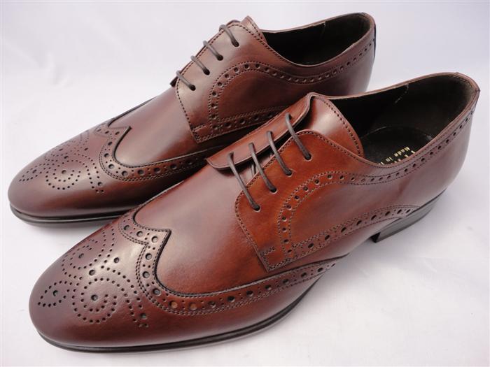 scarpe borgue per abito chiaro