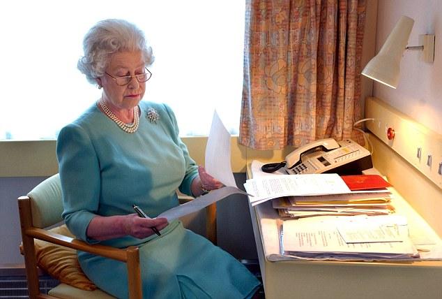 Come scrivere su lettera titolo nobiliare o ecclesiastico