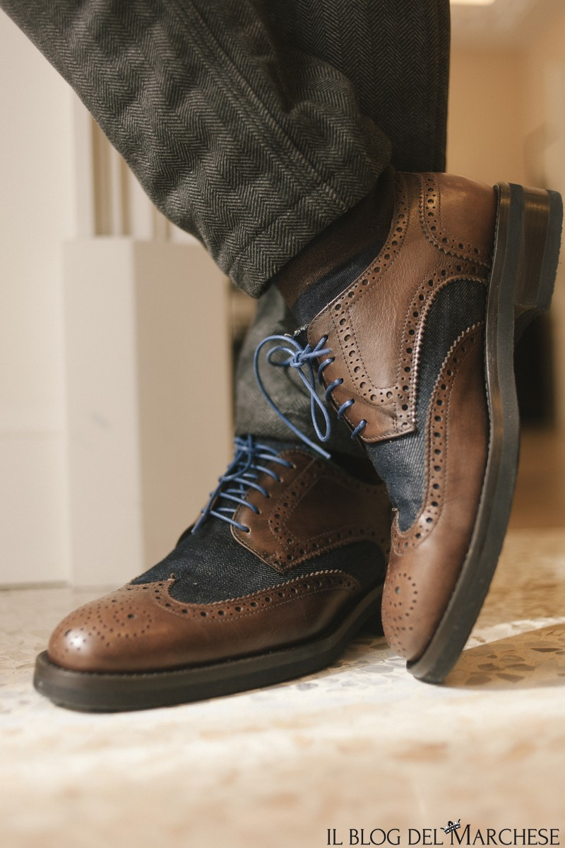 Dis_scarpe_su_msura