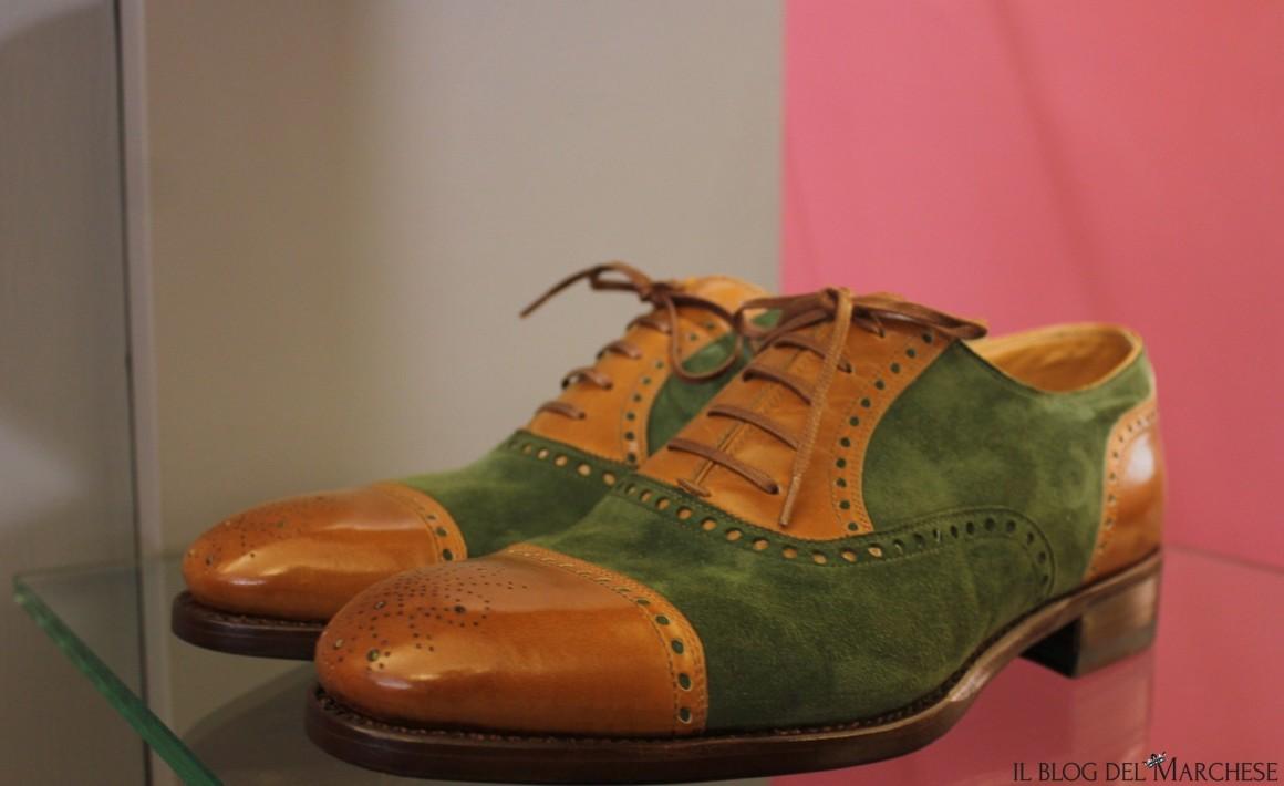 allacciatura scarpa classica ed elegante