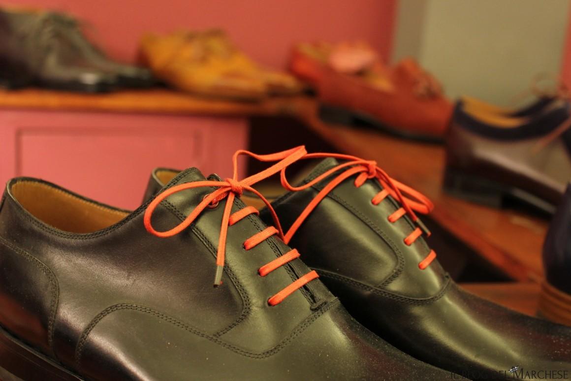lacci delle scarpe su misura