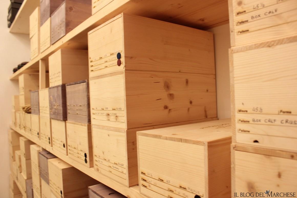 scatole di legno pe rle scarpe su misura