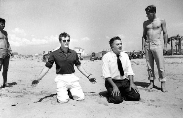 come si deve vestire un uomo per andare in spiaggia