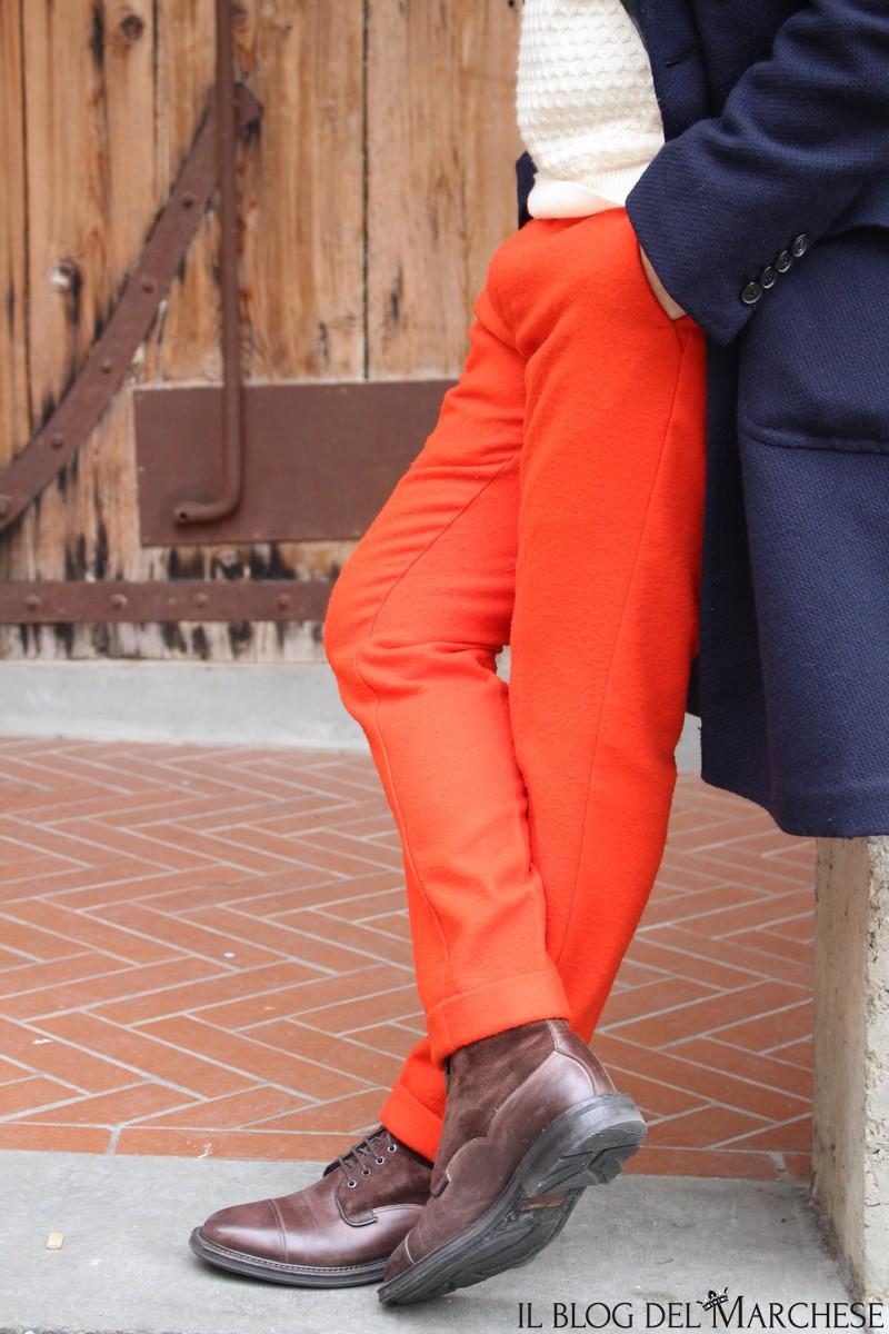 pantaloni arancioni