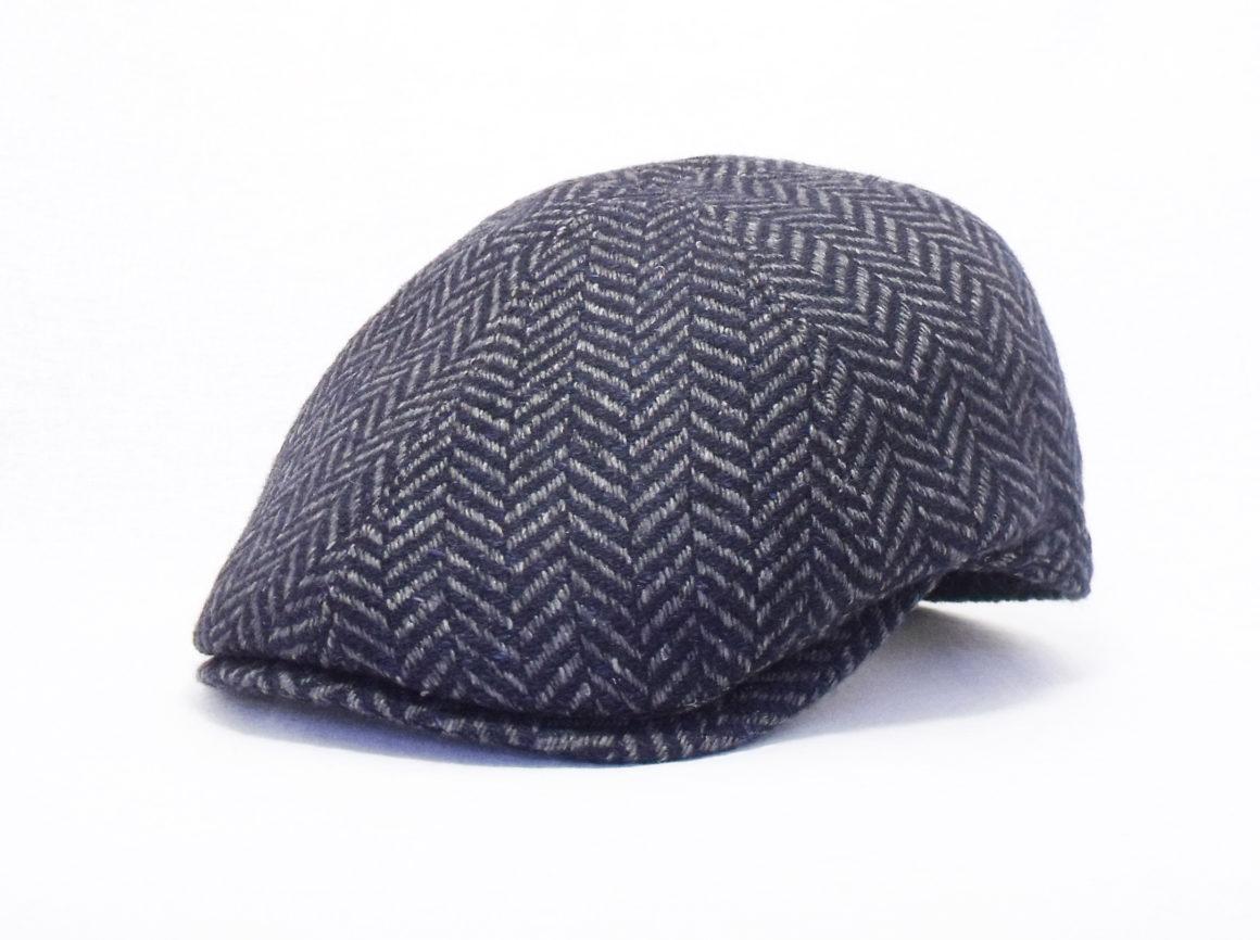 berretto in tessuto spigato