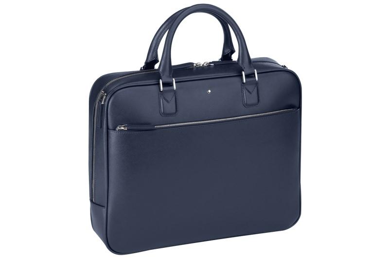 fe6f9fc343 Fino a qualche anno fa le uniche borse da lavoro da uomo erano le  cosiddette 24 ore, di materiale rigido rivestito in pelle o in qualcosa di  simile ...